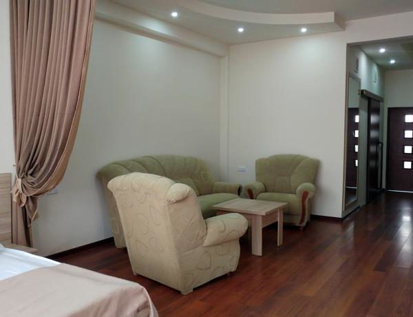 DELUXE DOUBLE ROOM WITH BALCONY FOR TWO PERSON