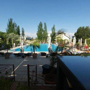 Apartment   pool